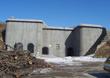 The front entrance to Fort 7 in spring.