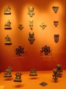 Wooden carvings from the fourth to third century BCE