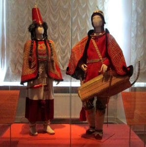 Reconstructions of the ceremonial dress of Tuva culture during the Scythian period