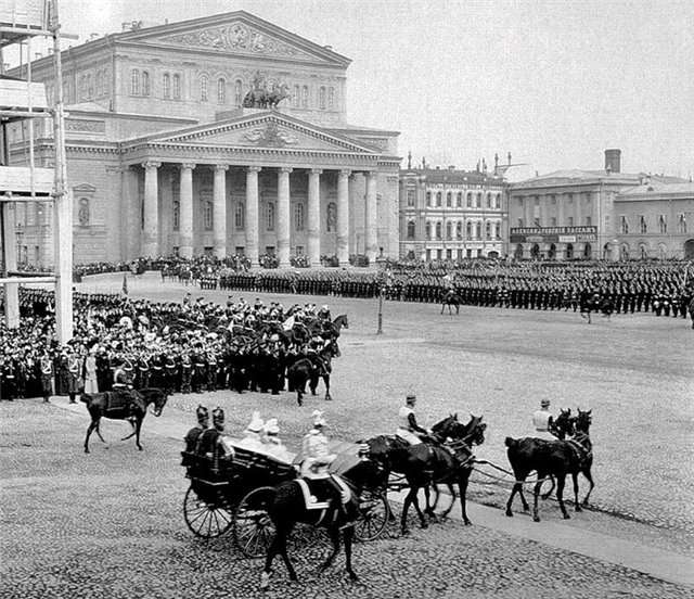 Parade on Theater Square in front of the Bolshoi Theatre, early 19th century photo