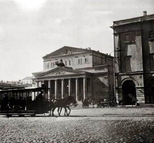Trolley on Theater Square, early 20th century
