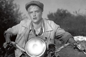 Soviet movie star Marina Ladynina portraying a strong female in <i>Tractor Drivers</i>, 1939